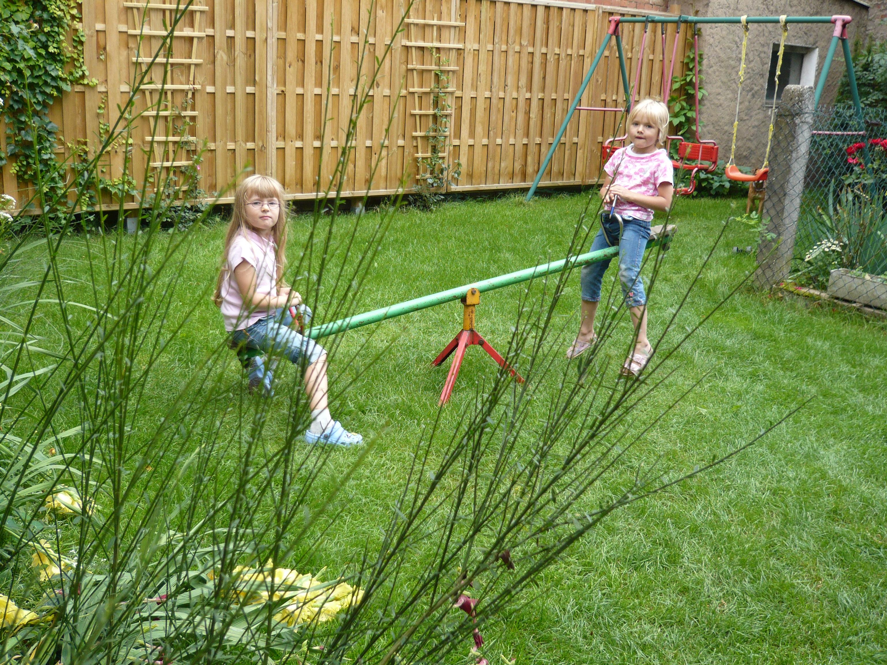 Wippe im Garten