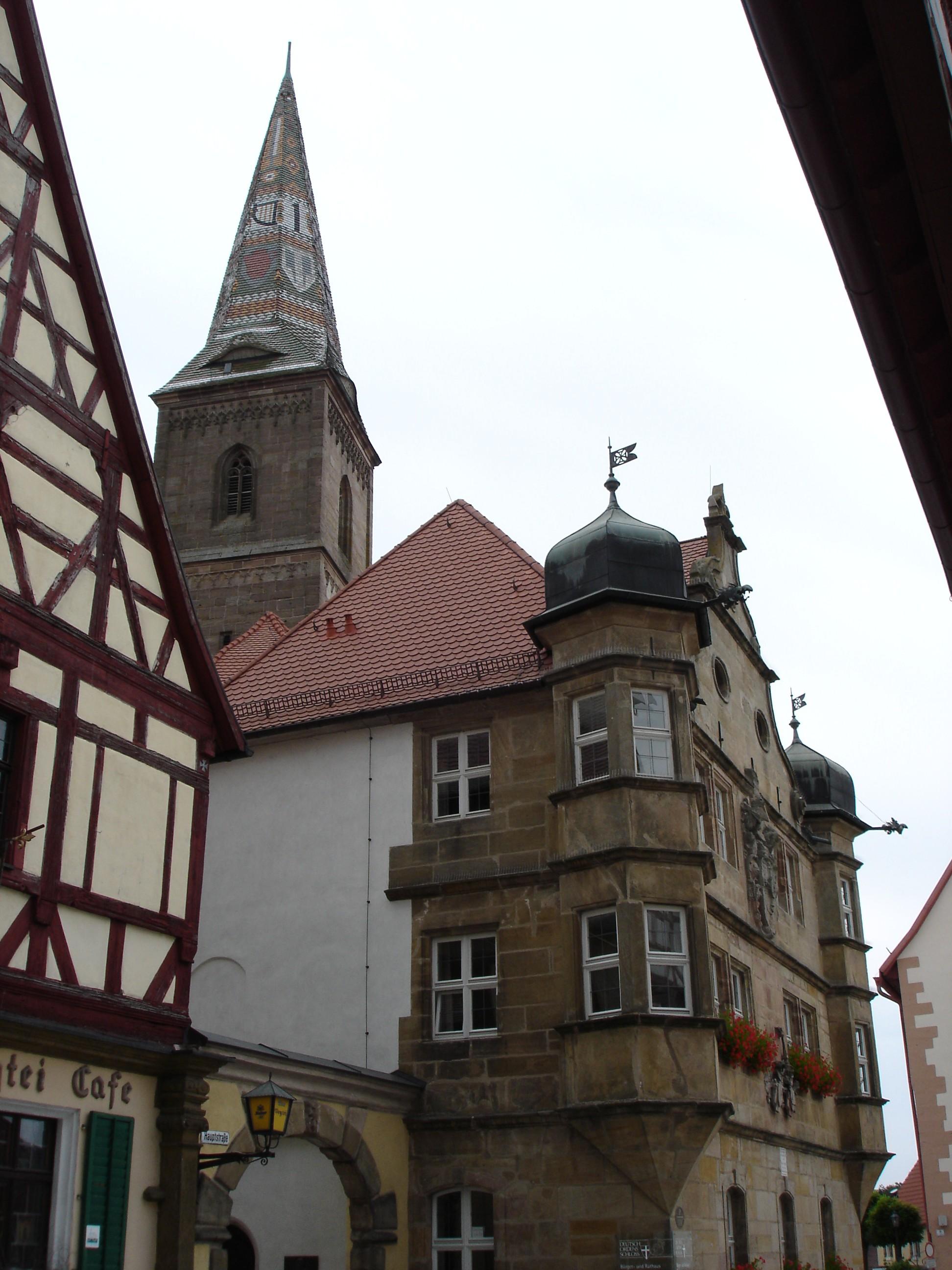 Kirche und Rathaus von Wolframs-Eschenbach